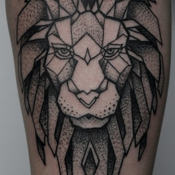 tattoo-münchen-for-men-lion-renegolker-voltfoltertattoostudio
